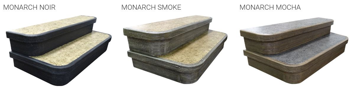 Monarch step accessory for hot tubs