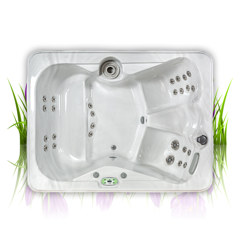 Iris hot tub with 27 jets and 4 seats
